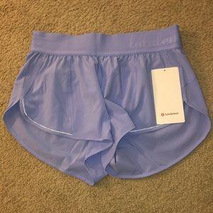 NEW lululemon shorts size 6
